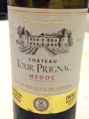 Château Tour Prignac - da sub-região de Médoc, em Bordeaux, corte Cabernet Sauvignon - Merlot